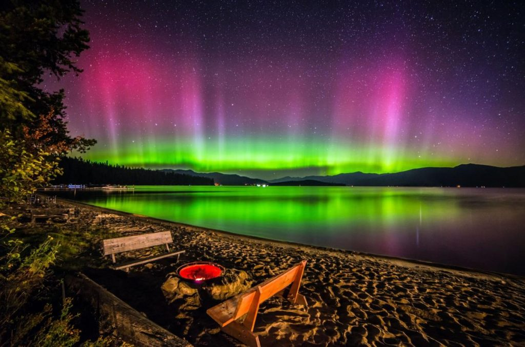 lac-priest-aurores-boreales